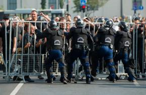 Counter-demonstrators at the Budapest Pride (hvg.hu, 2012)