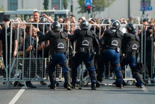 Sajtóközlemény - Letöltendő börtön a melegeket és romákat verő gárdistáknak